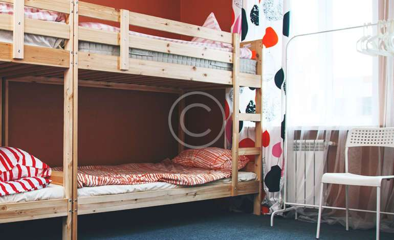 6-8 Bed Mixed Dorm